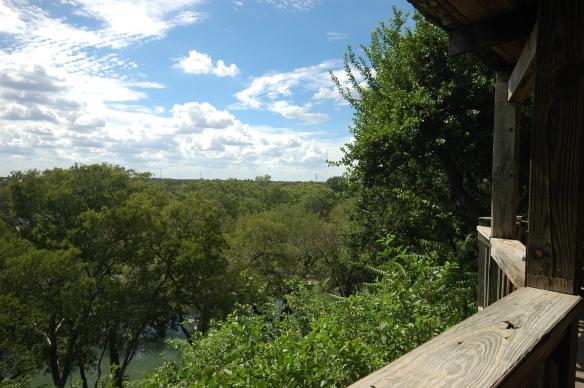 Gruene Mansion Inn - Das Flusshaus # 13: Blick von der Veranda auf den Guadalupe River